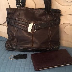 Tignanello Purse & Wallet plus keychain